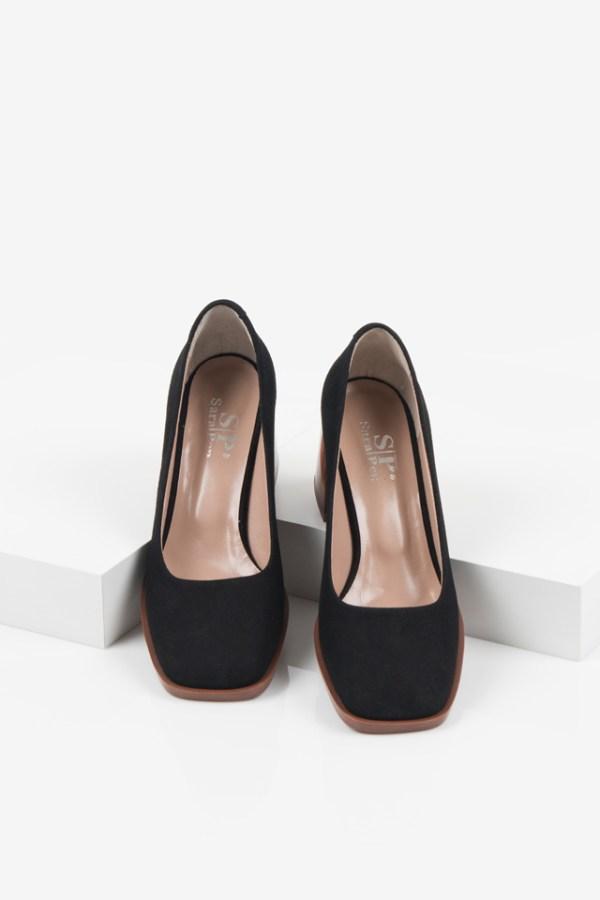 Велурени дамски обувки в черен цвят-160563