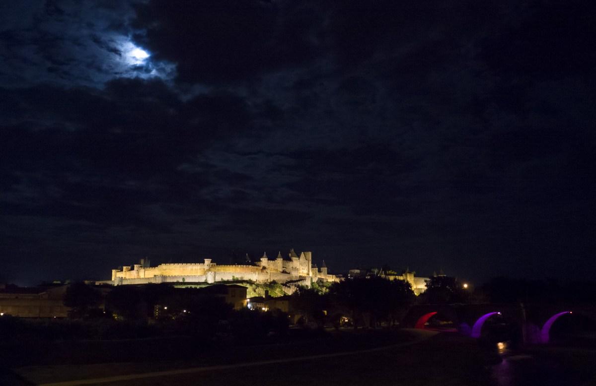 La Cité by night