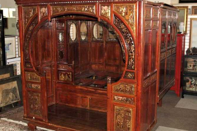 Museum Quality Qing Dynasty Wedding/Opium Bed