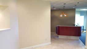 suite909-reception-area