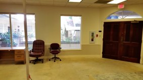 suite800-office-reception-area