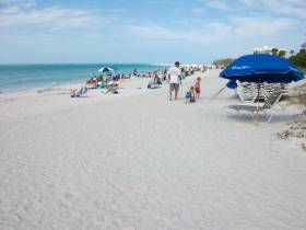 South end of Lido Beach by Concession Stand