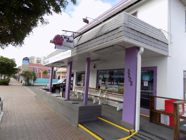 Siesta key village ice cream shopping - my favorite