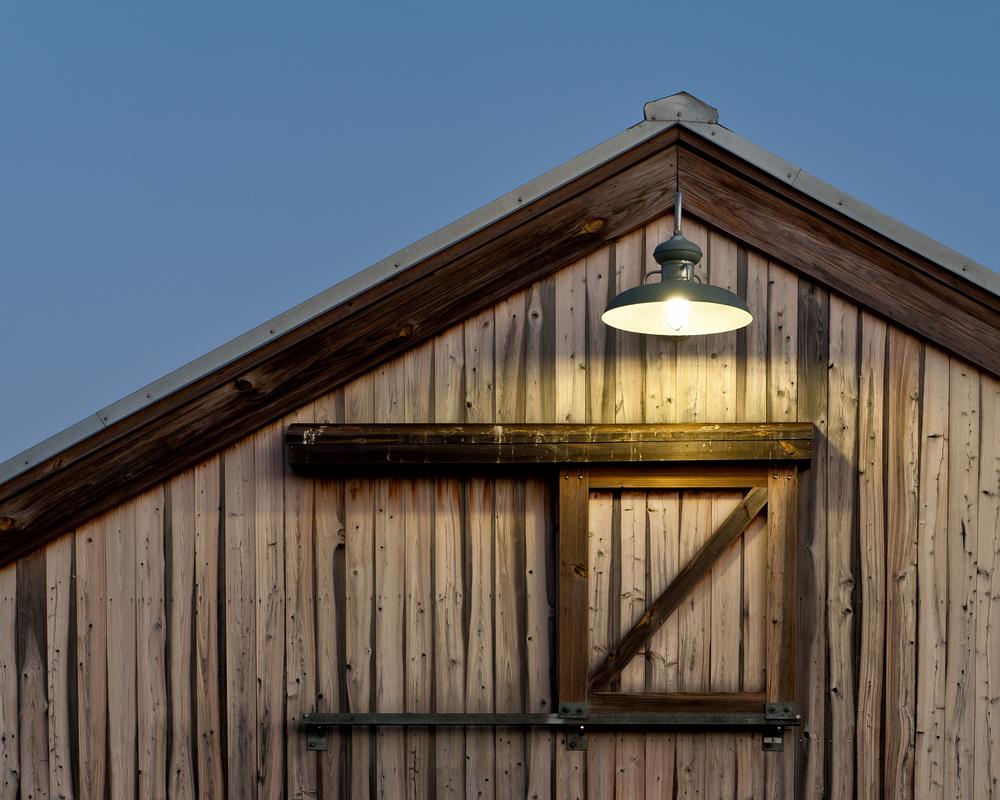 medium resolution of best barn lighting