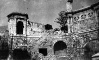 Nel febbraio del 1943, Cagliari viene devastata da una pioggia di oltre 500 bombe sganciate dagli Anglo-Americani. La città viene rasa al suolo e anche il Bastione è distrutto.