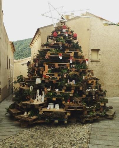 Albero di Natale e Berchidda, SS (foto Instagram @mgwarrior)