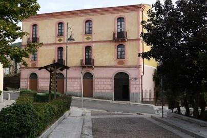 Casa Serra - Sorgono (foto www.casamuseoluigiserra.it)