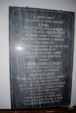 Gonare: lapide - Foto di Sardegna Terra di Pace - Tutti i diritti riservati