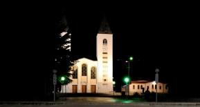 Medjugorje, Esaltazione della Croce 2014: veduta notturna della chiesa di San Giacomo - Foto di Sardegna Terra di Pace - Tutti i diritti riservati