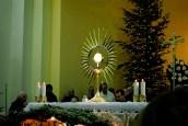 Medjugorje, Capodanno 2015: Adorazione Eucaristica (4) – Foto di Sardegna Terra di pace – Tutti i diritti riservati