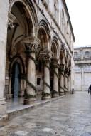 Dubrovnik, Capodanno 2016: Colonne del palazzo dei Rettori di Ragusa - Foto di Sardegna Terra di Pace – Tutti i diritti riservati