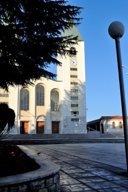 Medjugorje, Anniversario Apparizioni 2016: Chiesa di San Giacomo a Medjugorje (13) – Foto di Sardegna Terra di pace – Tutti i diritti riservati