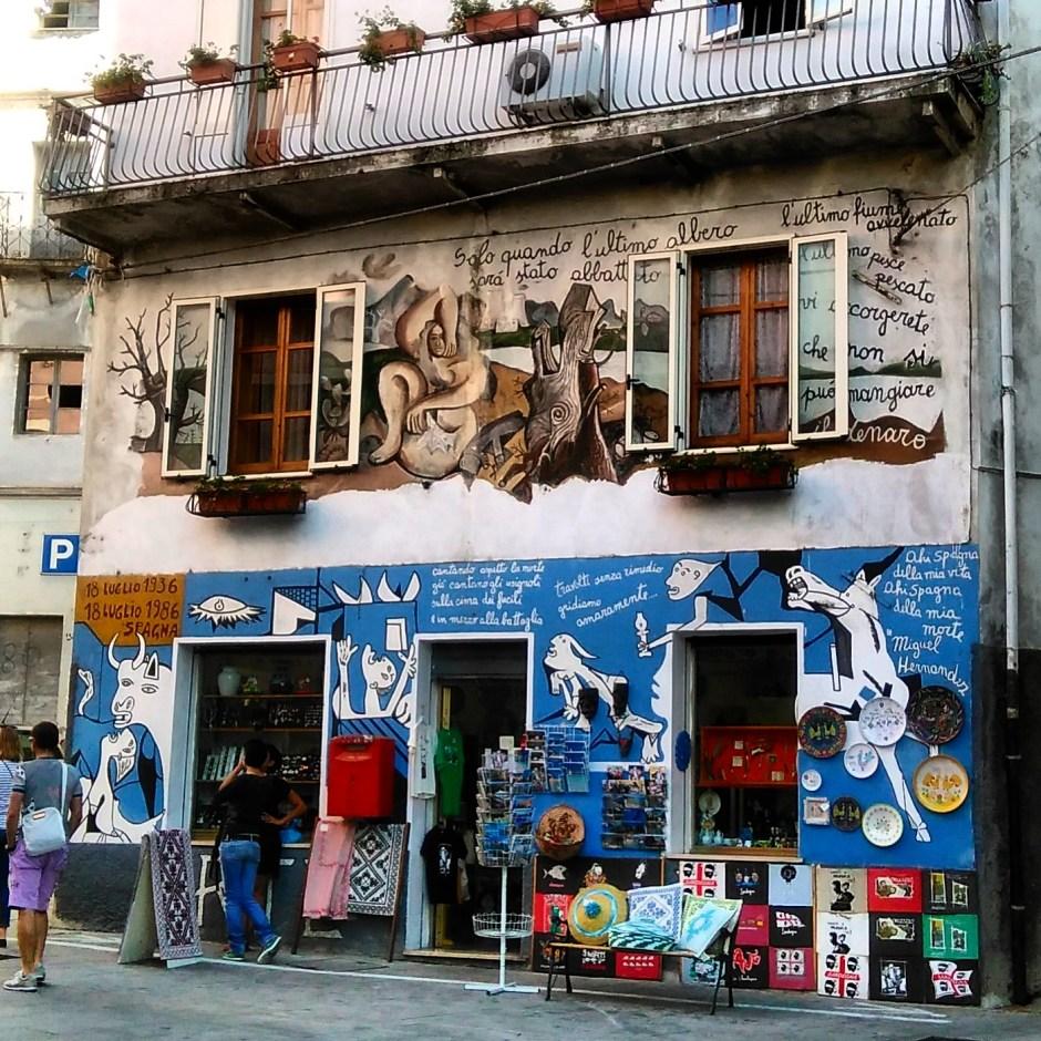 Il murale di Guernuica a Orgosolo