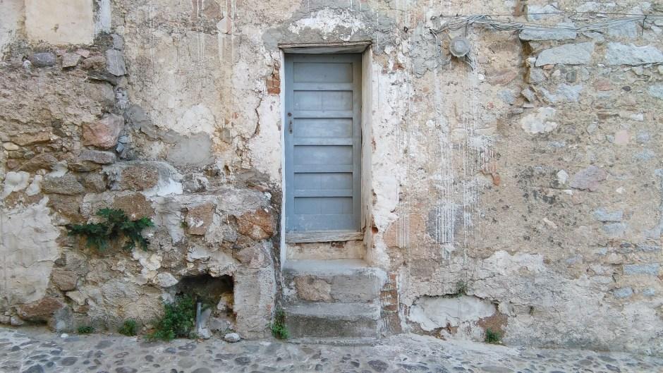 Cosa vedere a Oliena: le architetture tradizionali