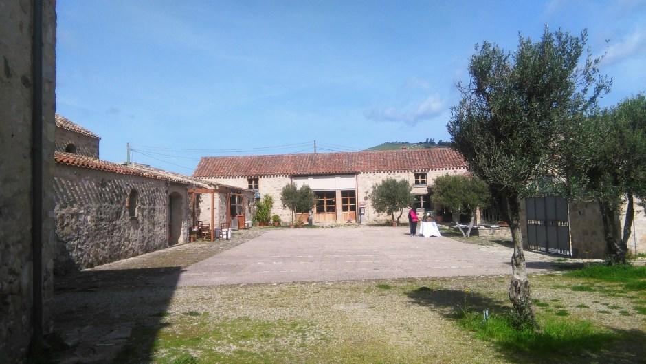 Il cortile di Villa Asquer