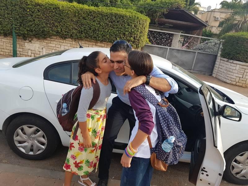 Yoni Chetboun, prochain maire de Netanya, souhaite une bonne rentrée à tous et présente son plan pour l'éducation