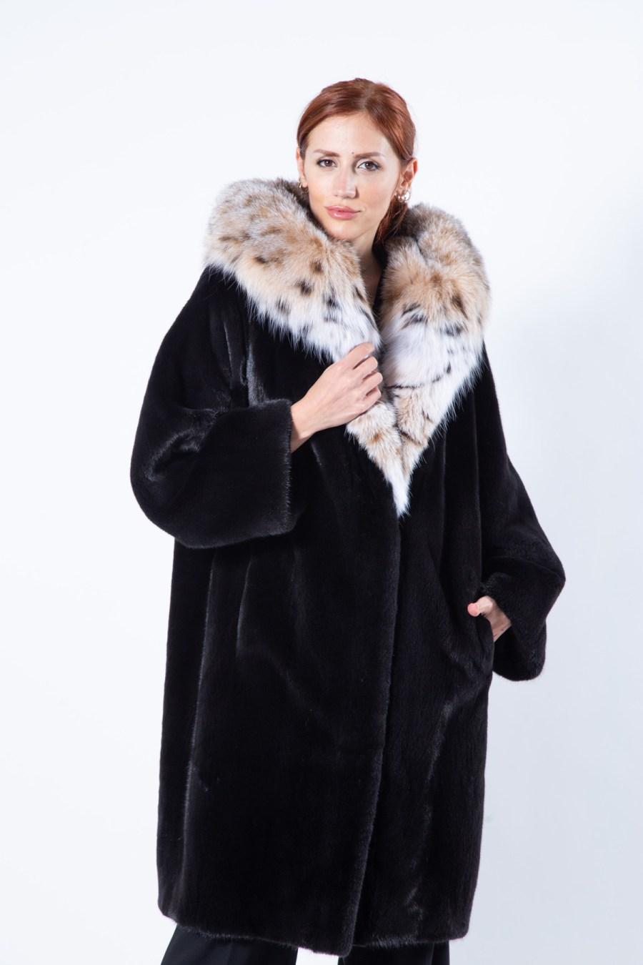 Blackglama Mink Coat with Bobcat hood | Шуба из норки Blackglama с капюшоном из рыжей рыси - Sarigianni Furs