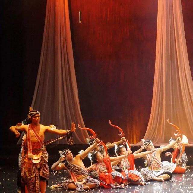 Opera Tari Arka Suta -copyright: www.sarinovita.com