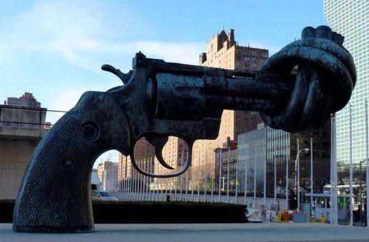 pistola-annodata-2