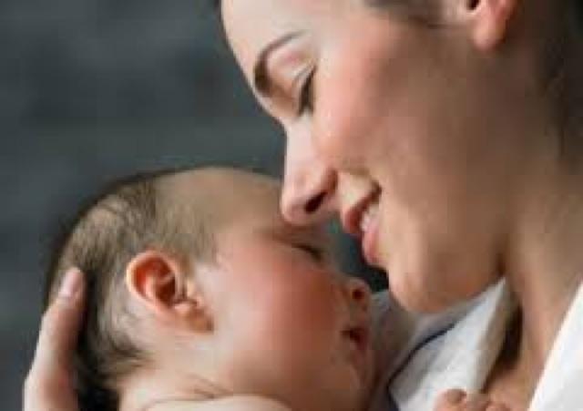 妊娠中に必要な葉酸の役割って何?摂取しても大丈夫なの?