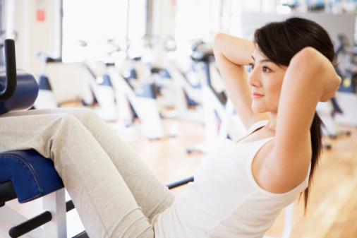 腹斜筋の簡単な鍛え方!ダイエットや冷え性にも効果的