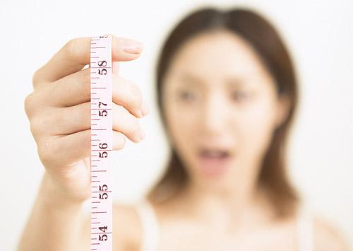 内臓脂肪と皮下脂肪の落とし方のコツと違いは何?