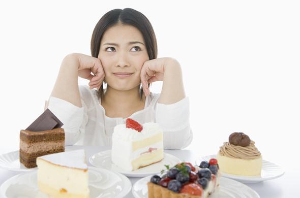 食欲を抑える簡単な方法!食べたい欲求を無理なく抑えるコツ