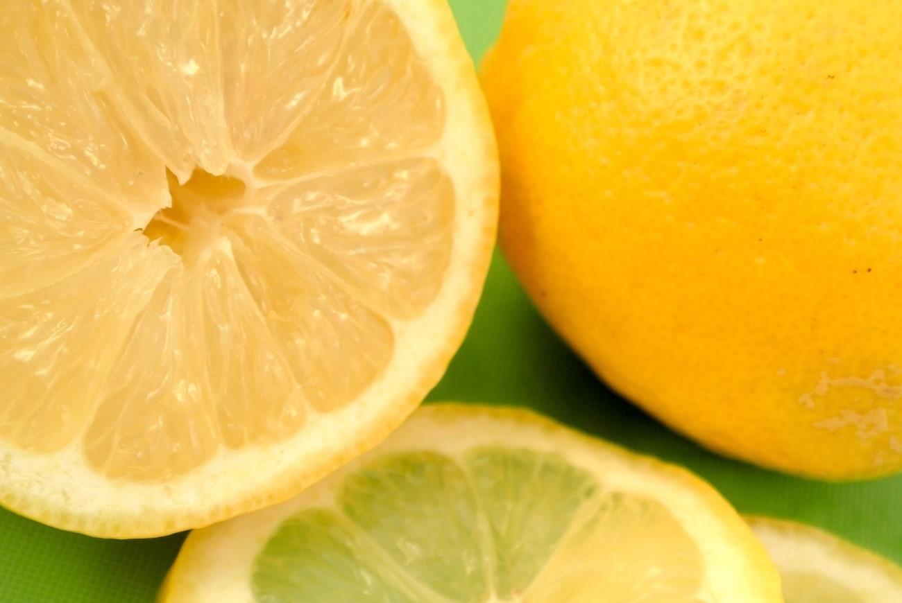 【アンチエイジングに効果的】ビタミンCが多く含まれる食材!