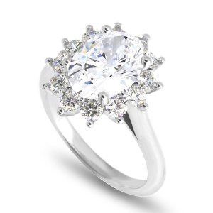 Oval center engagement ring LR8378