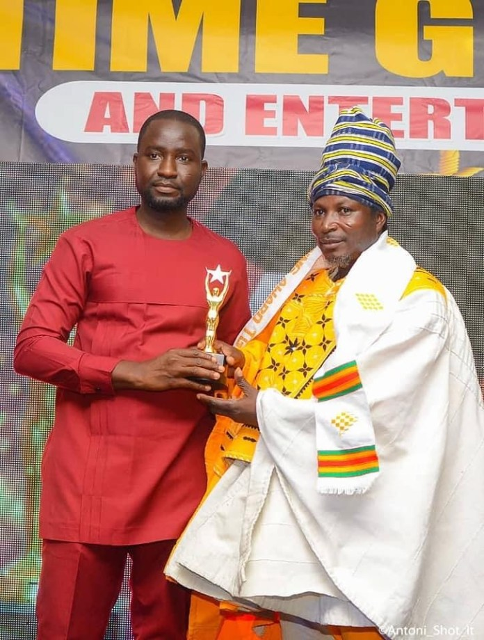 King Ayisoba Receives Life Time Achievement Award - GAEA