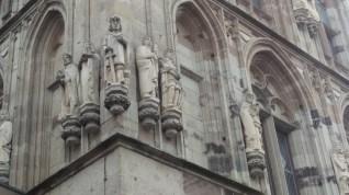 pic-story-koln-historic-rathaus-01