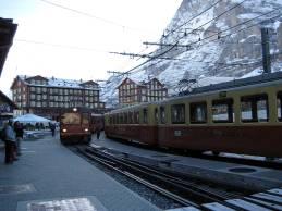 Change to cog wheel train at Kleine Scheidegg