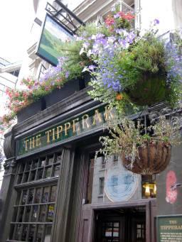 THE TIPPERARY - 66 FLEET STREET, oldest Irish pub in London, built 1604
