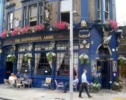 THE SHIPWRIGHTS ARMS, 88 TOOLEY STREET, LONDON BRIDGE