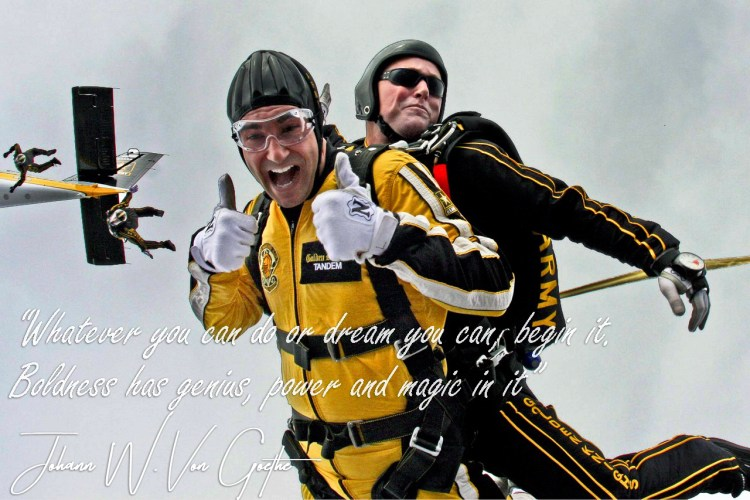 Skydivers teamwork cooperation by Skeeze