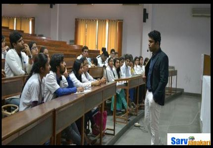 Santosh_Medical_College_Ghaziabad_2