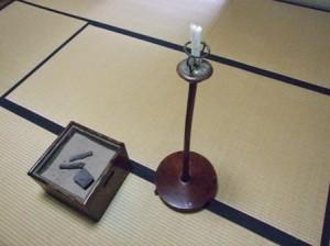 若林家住宅~火鉢と蝋燭台