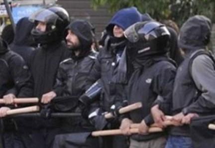 ΑΚΡΟΜΟΛΙΟ-2017-09-29-Ροπαλοφόροι-κατά-αστυνομικών