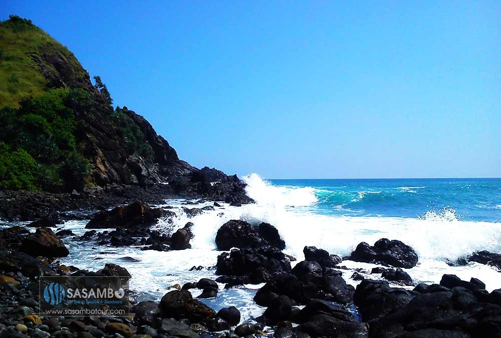 Pantai Semeti Lombok Tengah