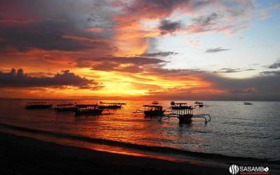 Senja Romantis di Pantai Senggigi