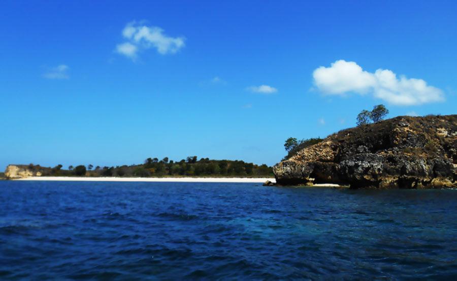 pantai tanjung cumi lombok timur