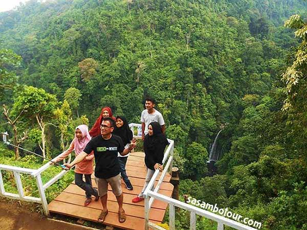 Tebing Kelep di Senaru Lombok Utara