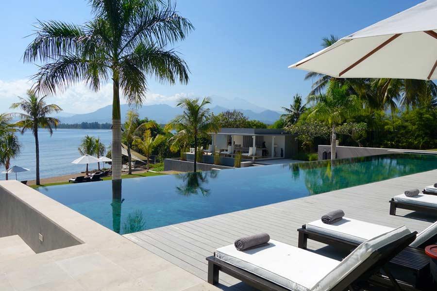 pool side Traveloka - The Lombok Lodge