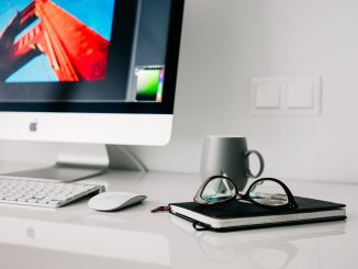 Some professional users have long been waiting for the release of a new Apple Thunderbolt display. Photo: Pixabay