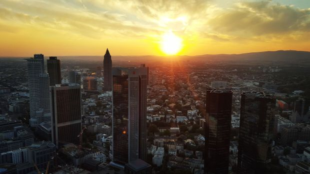 Bank Towers in Frankfurt am Main: The industry is slowly approaching the fintechs. Photo: Pixabay