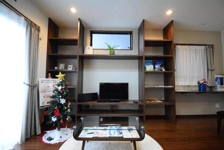 エースハウステレビボード