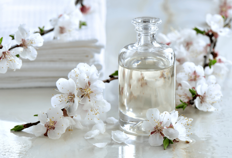 Essential Oils for Damaged Hair