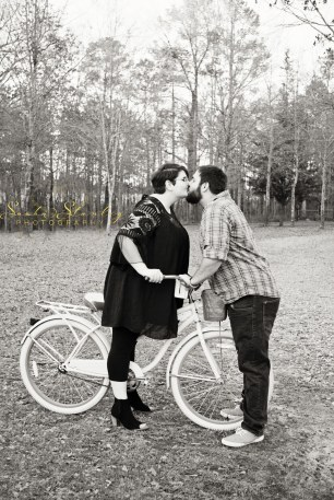 Sasha Stanley Photography : Engagement Photo Session : Couple Photographer : Atlanta, TX : Cass County Texas
