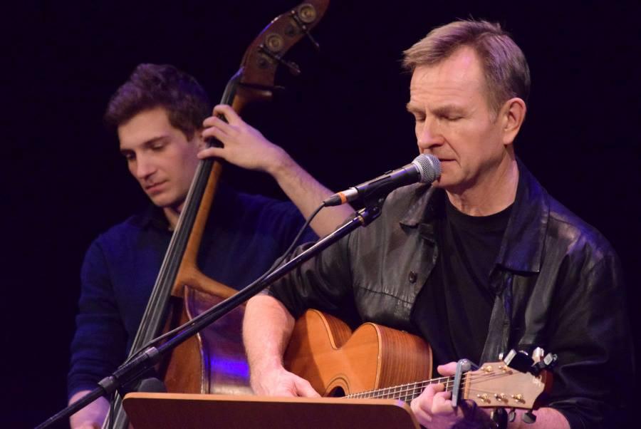 2018-08-04: Muzyczne dachowanie/ koncert Aleksandra Trąbczyńskiego