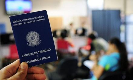 Derrotado, governo pressiona por nova votação de urgência para reforma trabalhista